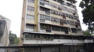 Apartamento En Ventaen Caracas, Los Chaguaramos, Venezuela, VE RAH: 18-8540