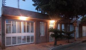 Casa En Ventaen Municipio San Francisco, El Soler, Venezuela, VE RAH: 18-8220