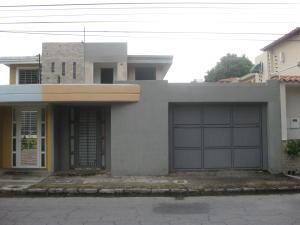 Townhouse En Ventaen Maracay, Andres Bello, Venezuela, VE RAH: 18-8233