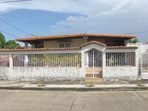 Casa En Ventaen Acarigua, Fundacion Mendoza, Venezuela, VE RAH: 18-8247