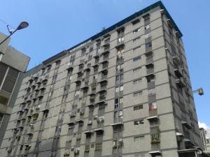 Apartamento En Ventaen Caracas, Parroquia La Candelaria, Venezuela, VE RAH: 18-6204