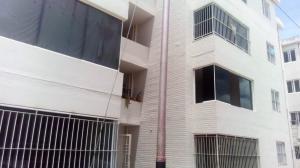 Apartamento En Ventaen Cabudare, La Piedad Sur, Venezuela, VE RAH: 18-8339