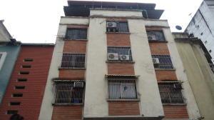Apartamento En Ventaen Caracas, Parroquia La Candelaria, Venezuela, VE RAH: 18-8340