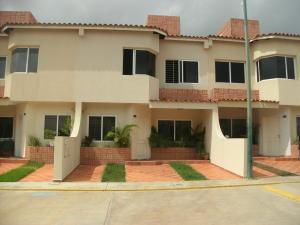 Casa En Ventaen Cabudare, Parroquia Cabudare, Venezuela, VE RAH: 18-8345