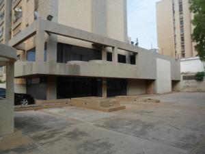 Local Comercial En Ventaen Maracaibo, Avenida Baralt, Venezuela, VE RAH: 18-8349
