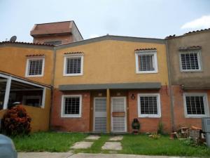 Townhouse En Ventaen Valencia, Flor Amarillo, Venezuela, VE RAH: 18-8376