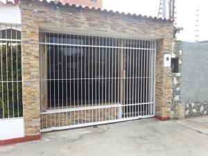 Local Comercial En Alquileren Maracaibo, Tierra Negra, Venezuela, VE RAH: 18-8473