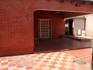 Casa En Ventaen Ciudad Ojeda, Avenida Vargas, Venezuela, VE RAH: 18-8399