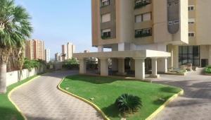 Apartamento En Ventaen Maracaibo, La Lago, Venezuela, VE RAH: 18-8403