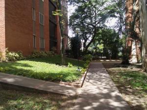 Apartamento En Alquileren Caracas, Los Palos Grandes, Venezuela, VE RAH: 18-8433