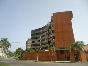 Apartamento En Ventaen Parroquia Caraballeda, Tanaguarena, Venezuela, VE RAH: 18-8453