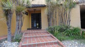 Casa En Ventaen Caracas, El Marques, Venezuela, VE RAH: 18-8454
