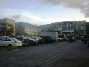 Apartamento En Ventaen Caracas, Caricuao, Venezuela, VE RAH: 18-8522
