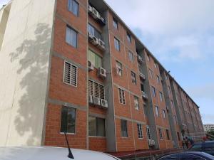 Apartamento En Ventaen La Guaira, Macuto, Venezuela, VE RAH: 18-8523