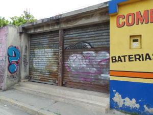 Local Comercial En Ventaen Maracay, Avenida Aragua, Venezuela, VE RAH: 18-8529
