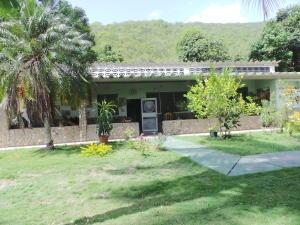 Casa En Ventaen Ocumare De La Costa, El Playon, Venezuela, VE RAH: 18-8548