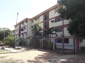 Apartamento En Ventaen Maracaibo, Pomona, Venezuela, VE RAH: 18-8550
