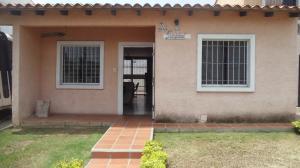 Casa En Ventaen Cabudare, Parroquia José Gregorio, Venezuela, VE RAH: 18-8562