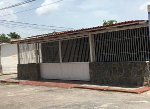 Casa En Ventaen Maracay, Las Acacias, Venezuela, VE RAH: 18-8579