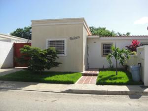Casa En Ventaen Cabudare, Parroquia José Gregorio, Venezuela, VE RAH: 18-8626