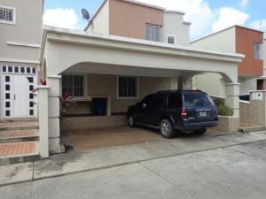 Casa En Ventaen Barquisimeto, Ciudad Roca, Venezuela, VE RAH: 18-8633