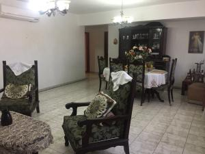 Apartamento En Ventaen Punto Fijo, Centro, Venezuela, VE RAH: 18-8664