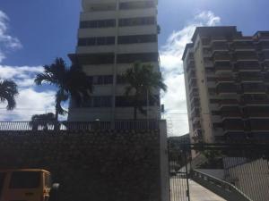 Apartamento En Ventaen La Guaira, Macuto, Venezuela, VE RAH: 18-8660