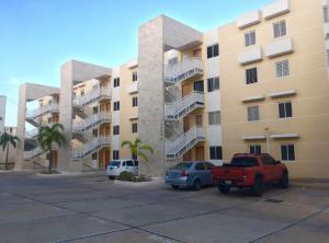 Apartamento En Ventaen Maracaibo, Pueblo Nuevo, Venezuela, VE RAH: 18-8662