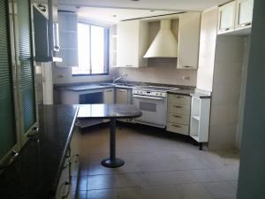Apartamento En Alquileren Maracaibo, Tierra Negra, Venezuela, VE RAH: 18-8691