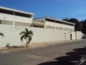 Apartamento En Ventaen Parroquia Caraballeda, Caribe, Venezuela, VE RAH: 18-8742