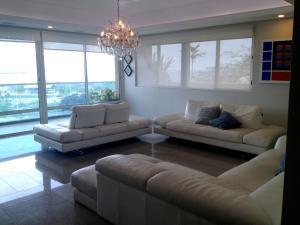Apartamento En Alquileren Maracaibo, Valle Frio, Venezuela, VE RAH: 18-8779