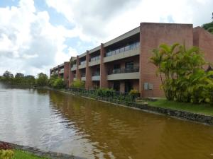 Apartamento En Ventaen Caracas, Bosques De La Lagunita, Venezuela, VE RAH: 18-8829
