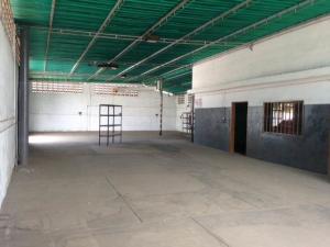 Local Comercial En Alquileren Maracaibo, Zona Industrial Sur, Venezuela, VE RAH: 18-8853