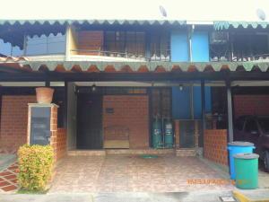 Townhouse En Ventaen Guarenas, Nueva Casarapa, Venezuela, VE RAH: 18-8898