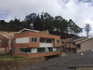 Casa En Ventaen San Antonio De Los Altos, Las Polonias Viejas, Venezuela, VE RAH: 18-8912