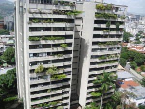 Apartamento En Ventaen Caracas, Santa Eduvigis, Venezuela, VE RAH: 18-8920