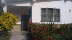 Casa En Ventaen Rio Chico, Los Apamates, Venezuela, VE RAH: 18-8997