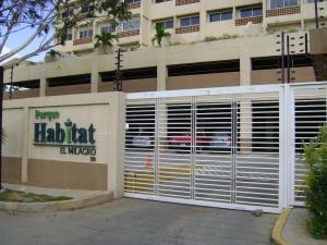 Apartamento En Alquileren Maracaibo, Avenida El Milagro, Venezuela, VE RAH: 18-8939