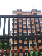 Apartamento En Ventaen San Antonio De Los Altos, Parque El Retiro, Venezuela, VE RAH: 18-8964