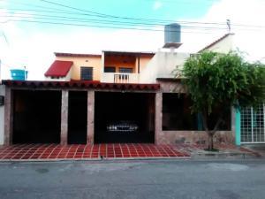 Casa En Ventaen Turmero, La Mantuana, Venezuela, VE RAH: 18-8969