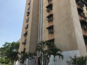 Apartamento En Ventaen Maracaibo, Sabaneta, Venezuela, VE RAH: 18-8974