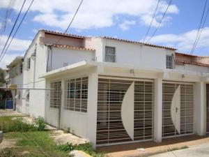 Casa En Ventaen Cagua, Ciudad Jardin, Venezuela, VE RAH: 18-8979