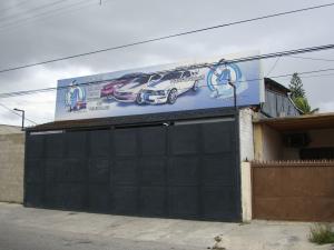 Local Comercial En Alquileren Maracay, Avenida Los Cedros, Venezuela, VE RAH: 18-8980