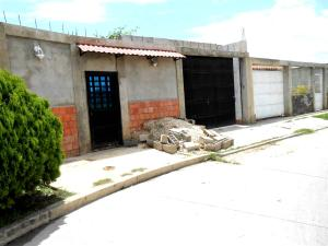 Casa En Ventaen Cagua, La Ciudadela, Venezuela, VE RAH: 18-9169