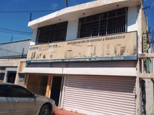 Edificio En Ventaen Maracaibo, Santa Rita, Venezuela, VE RAH: 18-9009