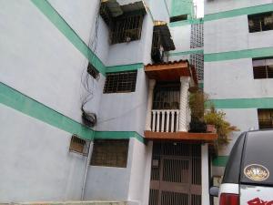 Apartamento En Ventaen Los Teques, Los Teques, Venezuela, VE RAH: 18-9015