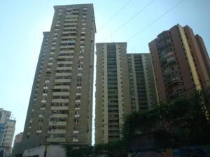 Apartamento En Ventaen Maracay, Avenida Constitucion, Venezuela, VE RAH: 18-9017