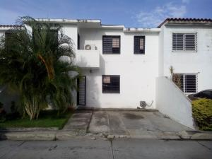 Casa En Ventaen Cabudare, Parroquia Cabudare, Venezuela, VE RAH: 18-9102