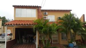 Casa En Ventaen Cabudare, Prados Del Golf, Venezuela, VE RAH: 18-9045
