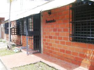 Casa En Ventaen Cagua, Prados De La Encrucijada, Venezuela, VE RAH: 18-9307